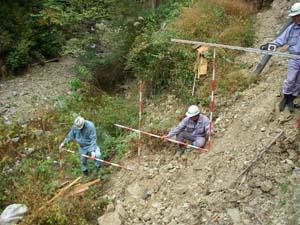 1)保安林 保安林整備事業は、森林法に基づく保安施設事業の一つとして、保安林整備、保安林管理道整備、防災林造成および共生保安林整備の各事業が実施されています。これらの事業は、保安林の指定目的に適合する機能を維持強化するた […]